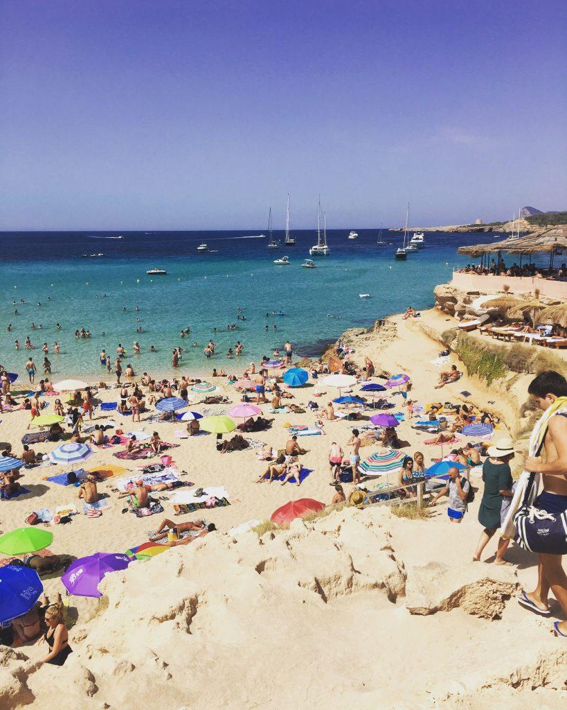Cala Conta Ibiza, de mooiste stranden van ibiza, one day retreat ibiza